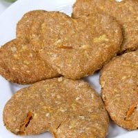 plate of apple carrot dog biscuits