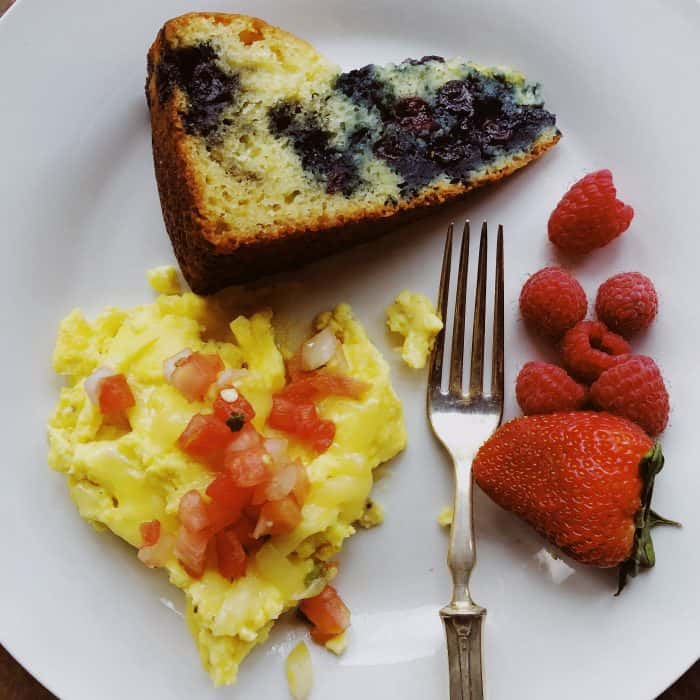 Easy Blueberry Yogurt Morning Cake Recipe