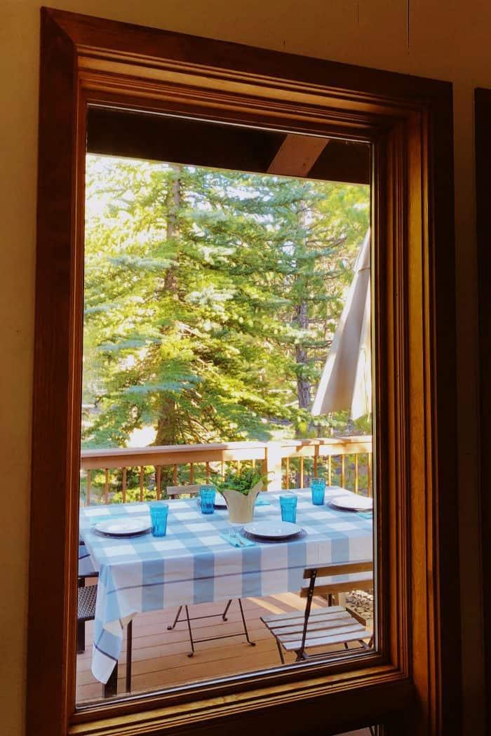 Set a summer table: DETAILS