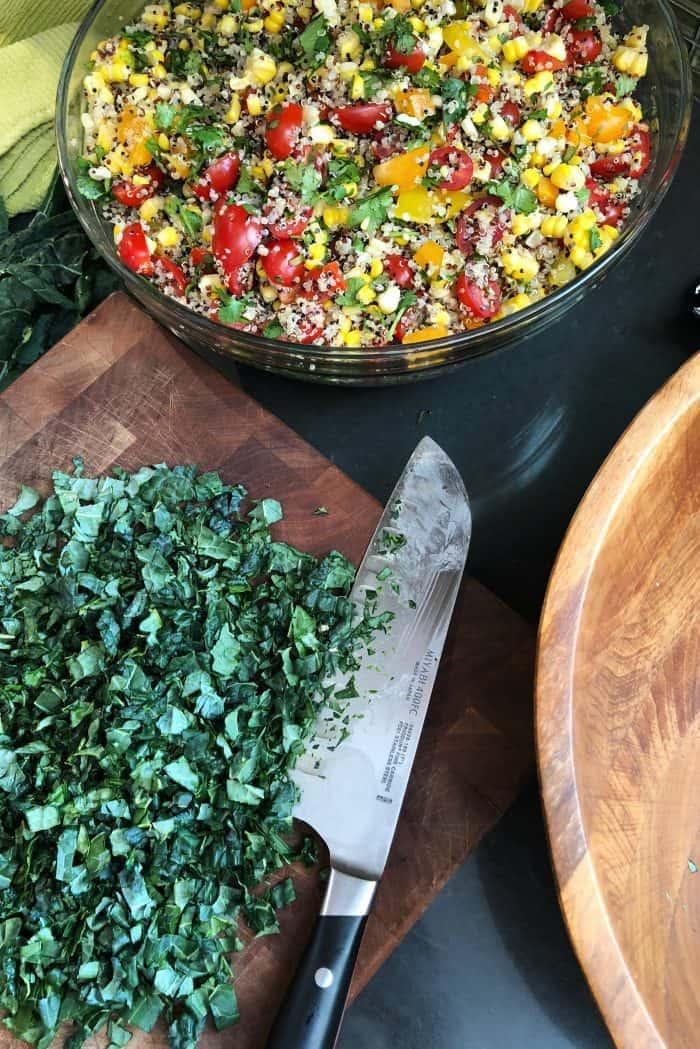 Easy Southwest Kale Quinoa Salad Recipe