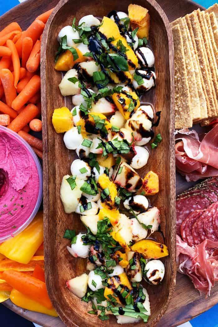 EASY Peach Caprese Salad Recipe