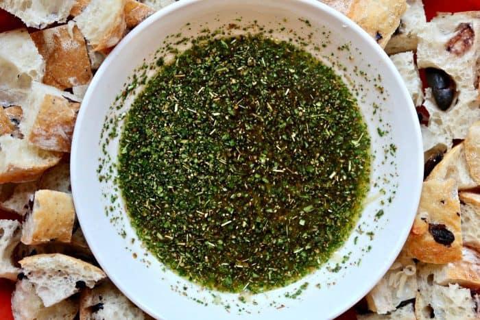 Easy Bertolli® Olive Oil Italian Bread Dipping Oil