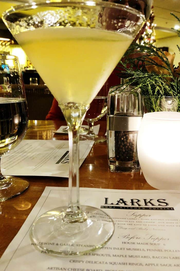 Ashland Springs Hotel Review in Ashland Oregon - Lark's cocktail