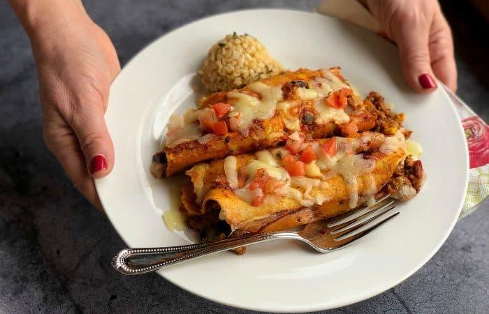 Simpel Trader Joe's Red Sauce Enchiladas Recipe