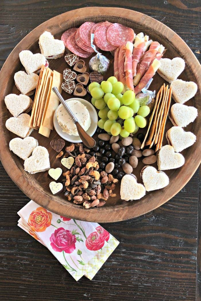 Best Valentine's Day Lunch Charcuterie Board