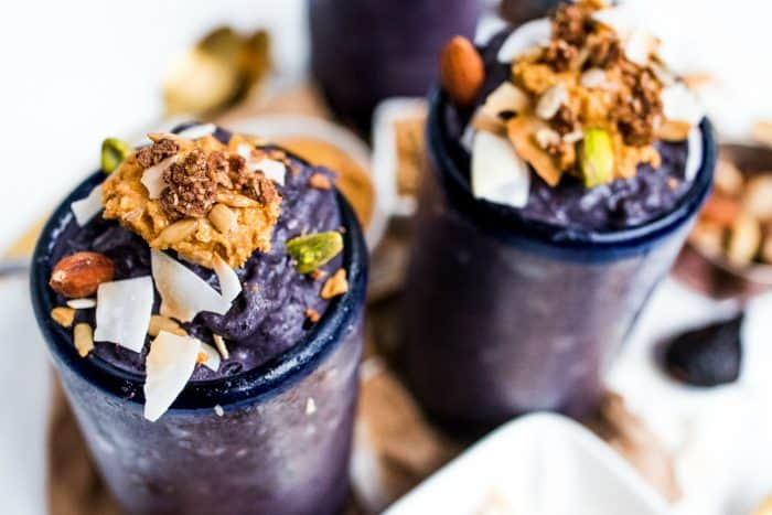The best Blueberry Cardamom Vanilla Smoothie