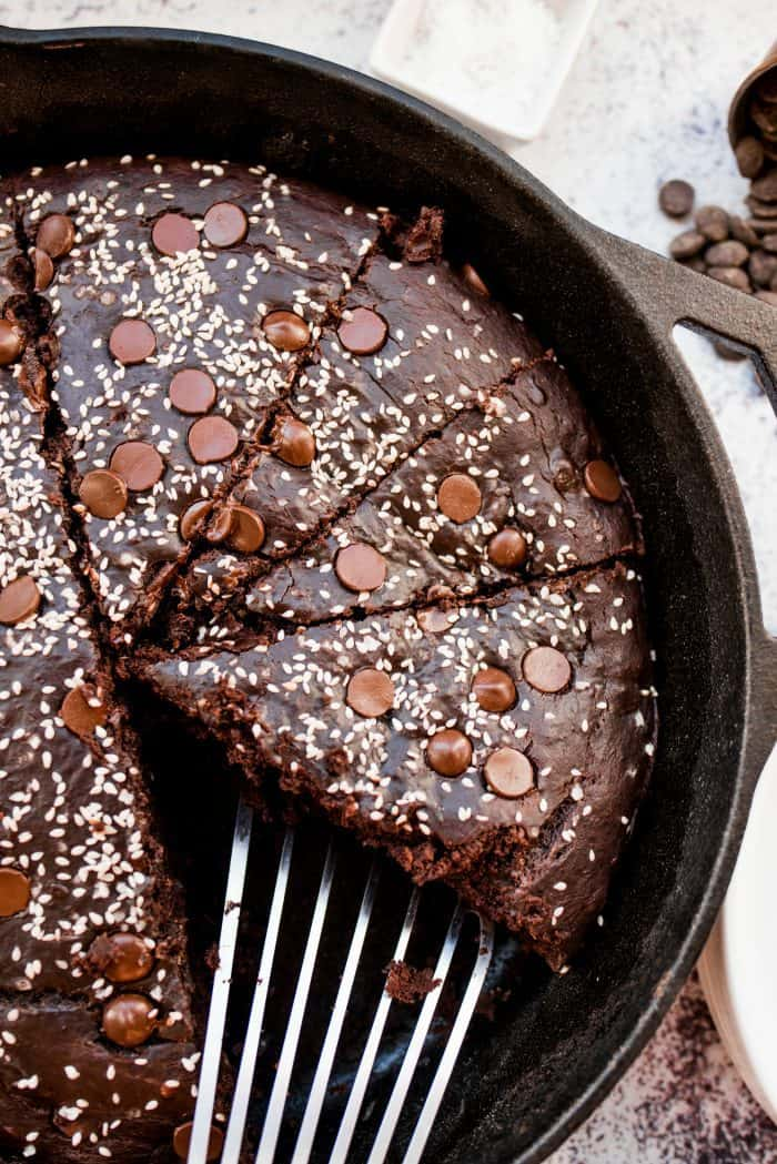 Best Chocolate Tahini Skillet Breakfast Banana Cake