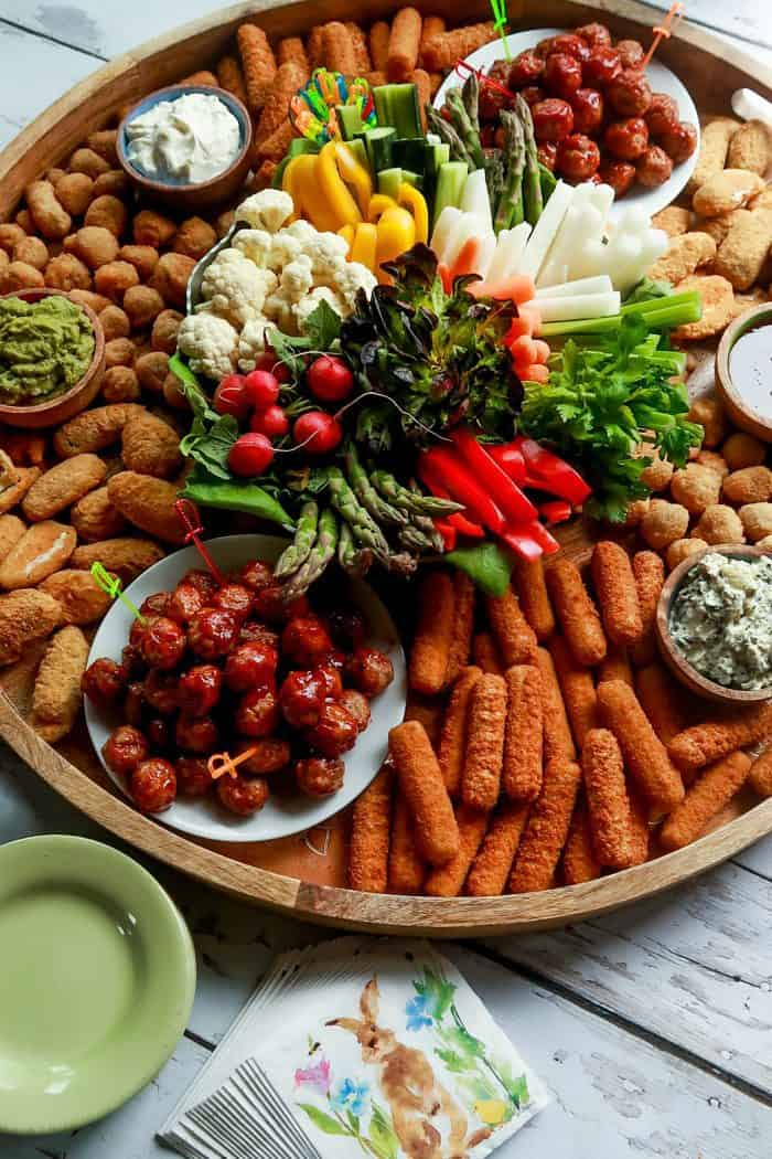 Epic Easter Entertaining Snack Board
