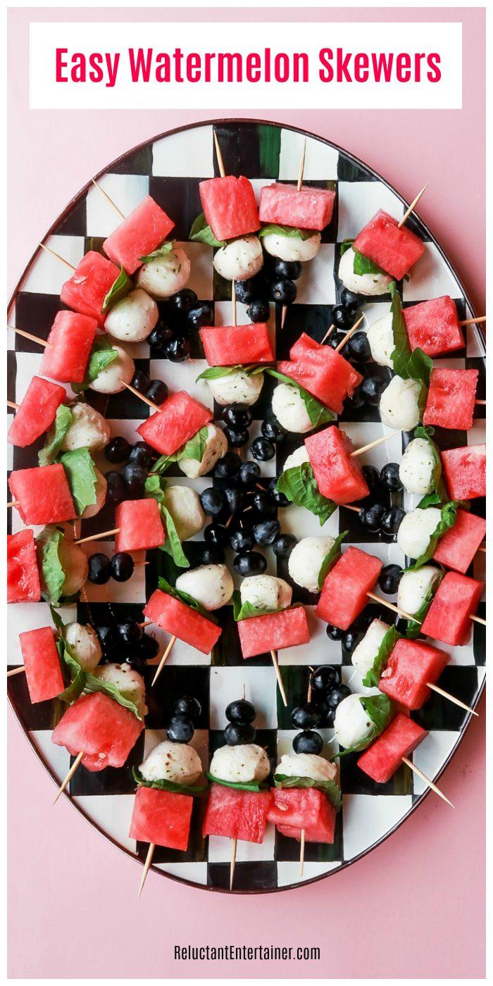 Easy Appetizer: Watermelon Skewers #watermeloncaprese #watermelonbites #watermelonskewers