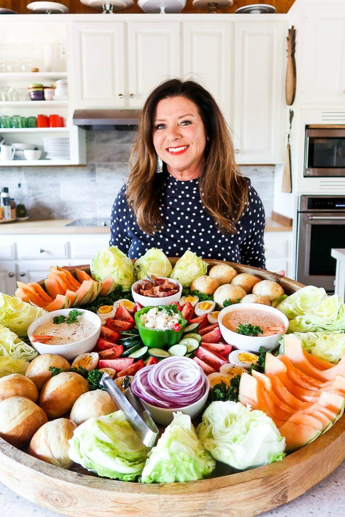 Epic Bacon Wedge Salad Board #epicsaladboard #epiccharcuterieboard #wedgesalad #wedgesaladboard