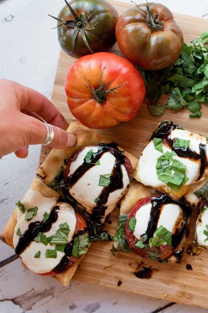 Super Easy Caprese Flatbread Pizza