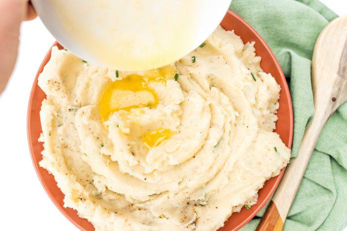 BEST Basic Mashed Potatoes Recipe