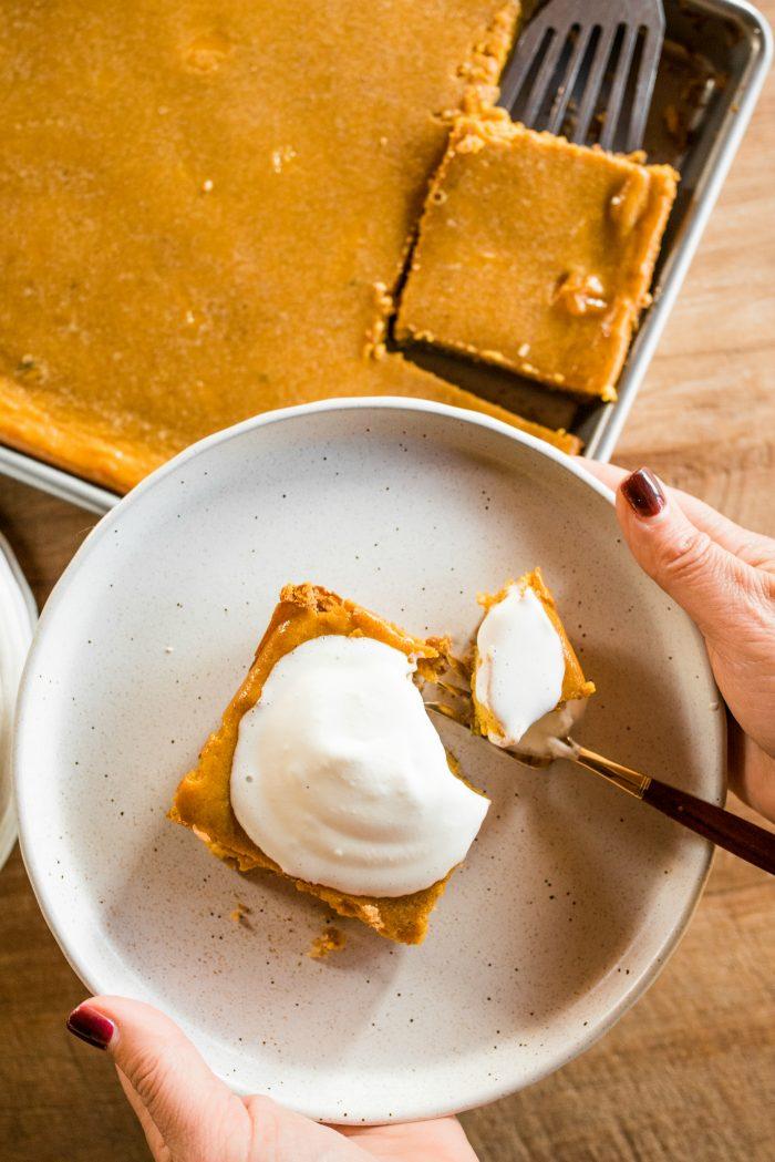 Friendsgiving Pumpkin Pie Squares Recipe