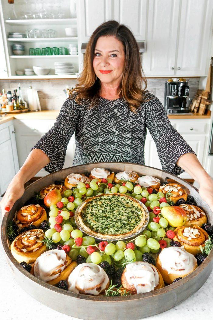 Holiday Quiche Wreath Breakfast Board