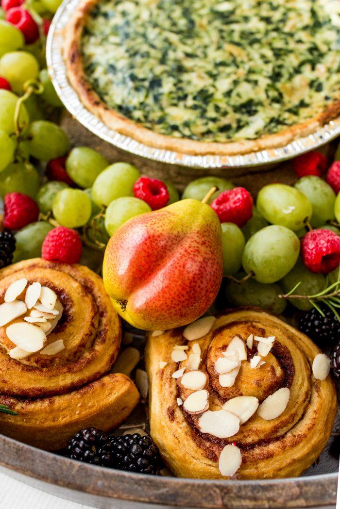 EASY Quiche Wreath Breakfast Board Recipe