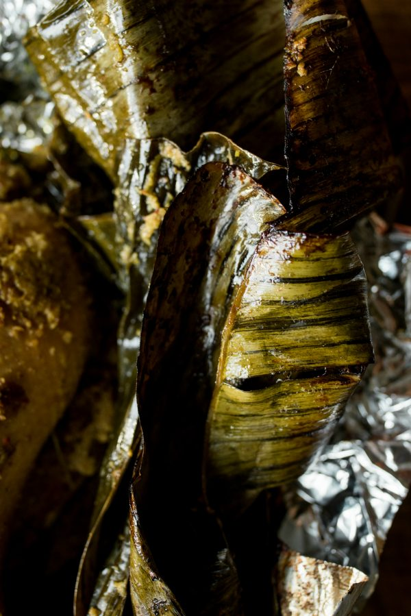 banana leaves with roasted duck