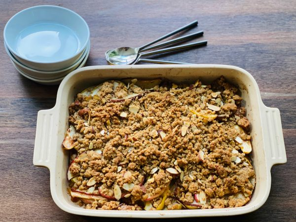 9x13 baking pan of Apple Pear Crumble