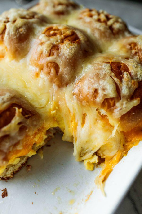 cheesy breakfast sliders