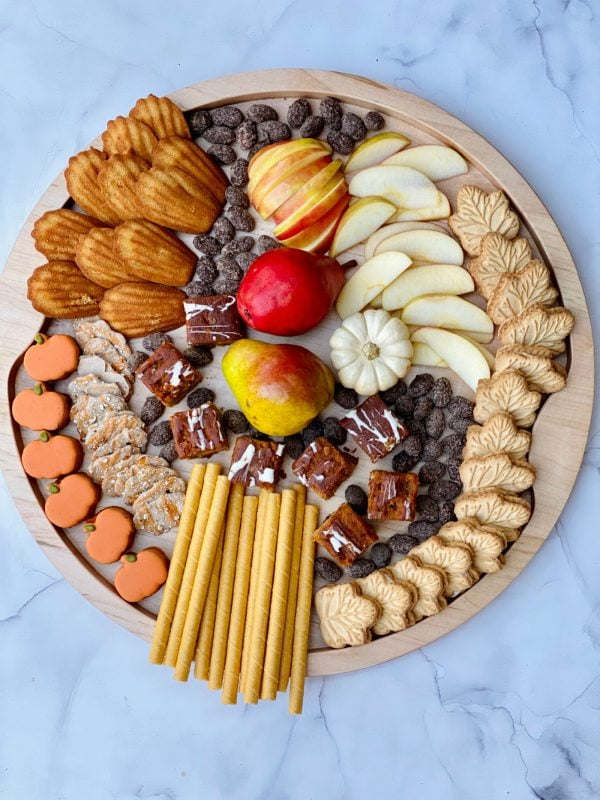 dessert tray with fall sweet snacks