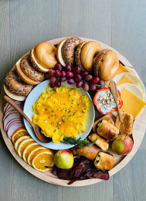 round Breakfast Easy Bagel Board
