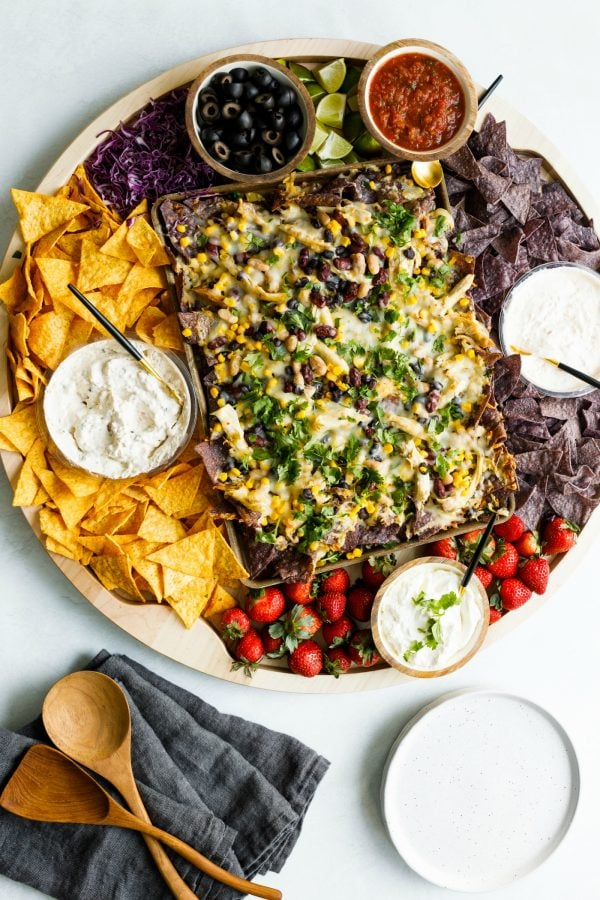 nacho, chips, strawberries, dips