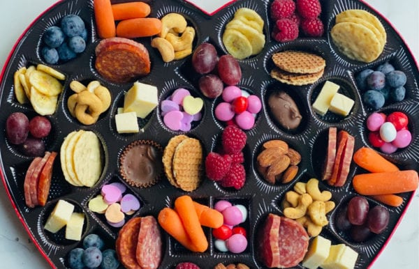Heart Box Snack Tray ingredients