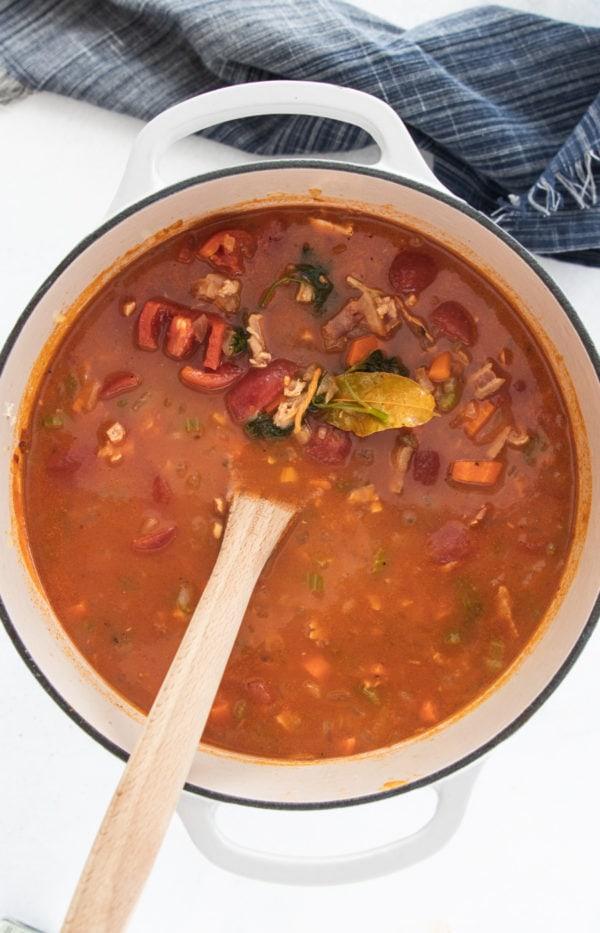 Manhatten Clam Chowder in a pot