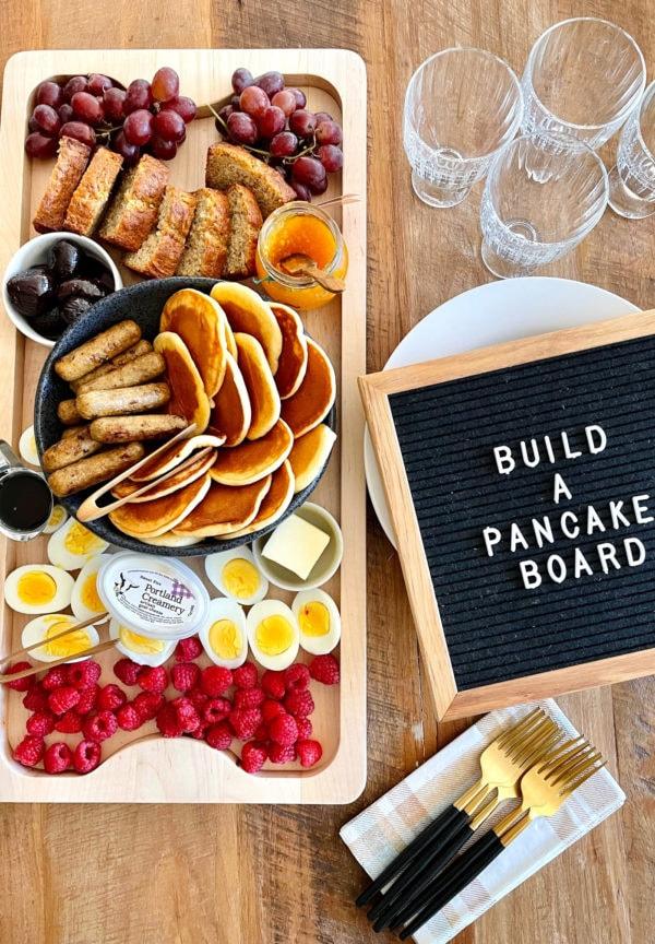 build a pancake board for breakfast