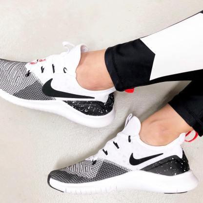 Nike Free TR 8 7