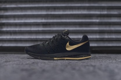 Nike Air Zoom Pegasus 33 Women's Running Shoe 'Black and Gold' 7