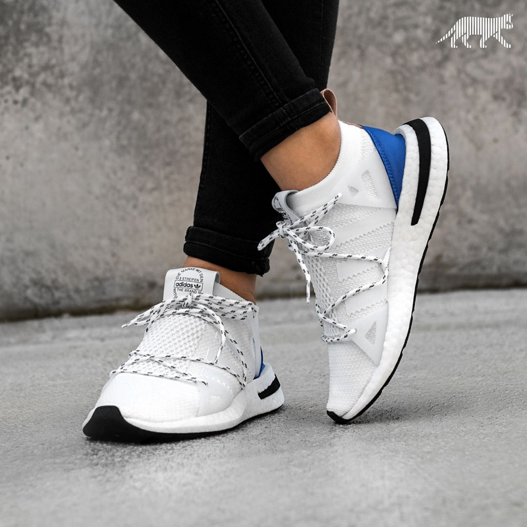adidas Arkyn Shoes - White - Womens