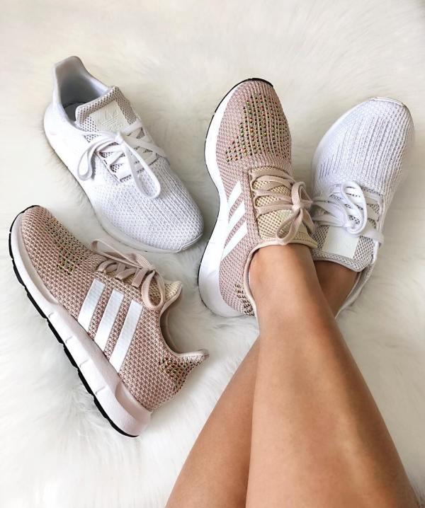 adidas Swift Run Shoes - Pink