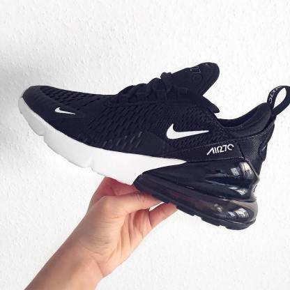 Nike Air Max 270 Women's Shoe 9