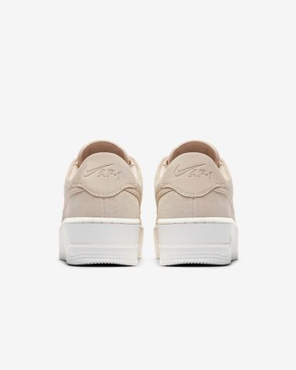 Nike Air Force 1 Sage Low - Beige - Shoes 2019 - heel