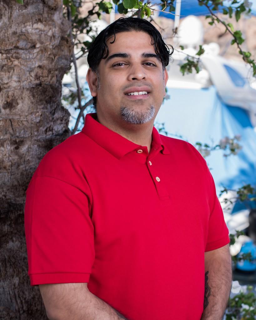 Carlos Dominguez