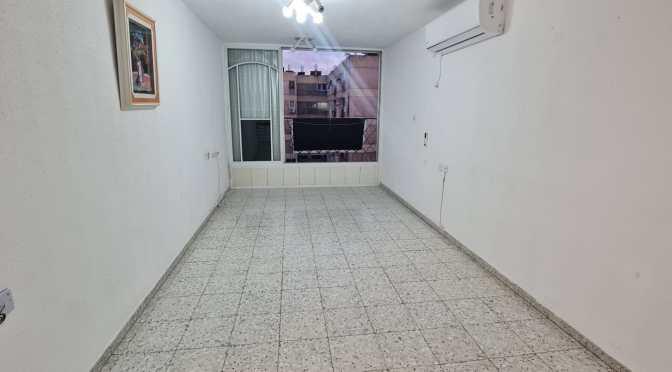 3 חדרים, מרווחת, בדוד רזיאל, רמת הנשיא המבוקשת, בת ים