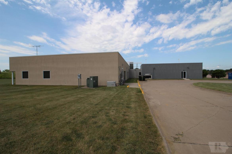 401 1st, Toledo, Iowa 52342, ,Commercial,For Sale,1st,35017301