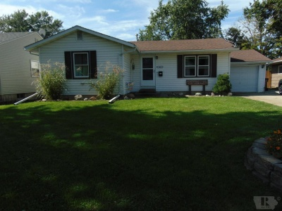 1413 Prince Street, Grinnell, Iowa 50112, 3 Bedrooms Bedrooms, ,1 BathroomBathrooms,Residential,For Sale,Prince Street,35017672