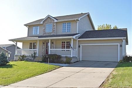 304 Linden, Baxter, Iowa 50028, 4 Bedrooms Bedrooms, ,2 BathroomsBathrooms,Residential,For Sale,Linden,35017658