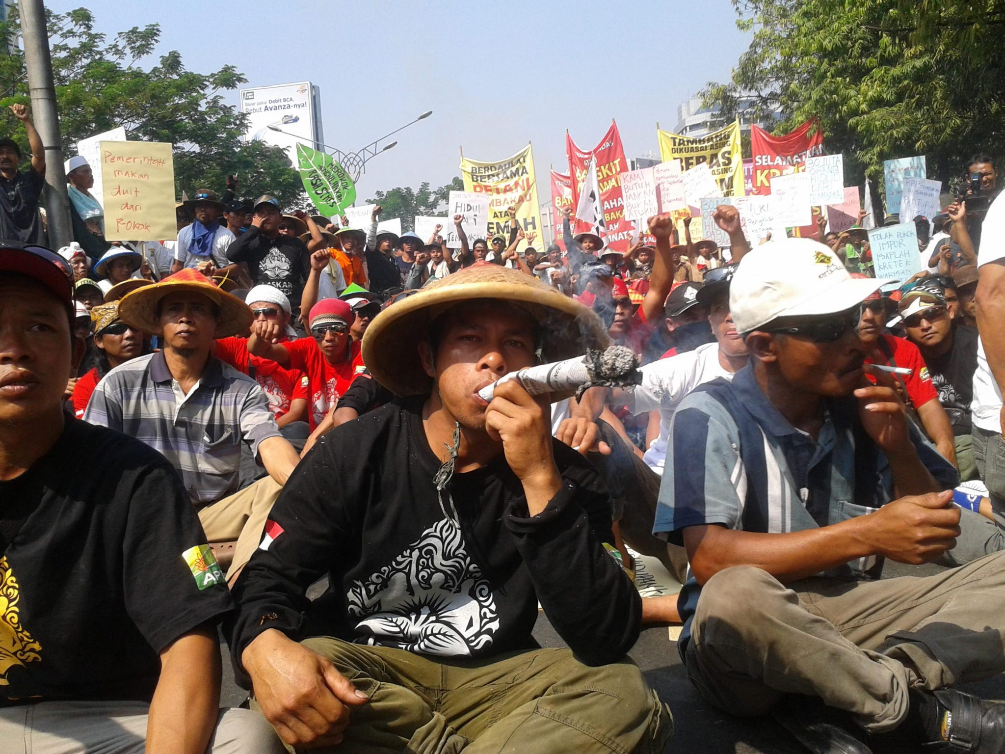 demo-petani-tembakau