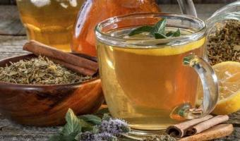 Los 10 Mejores Beneficios de la Mezcla de Canela con Miel y Limón