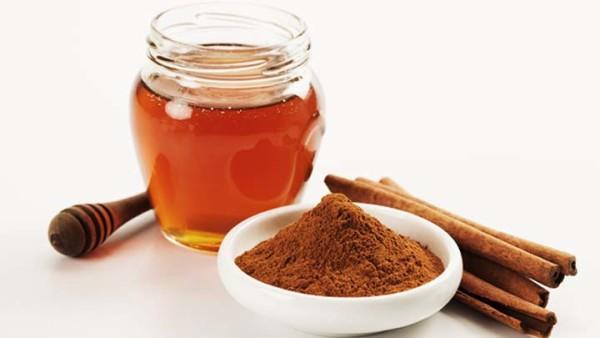 Canela y la Miel de Abeja para Bajar de Peso