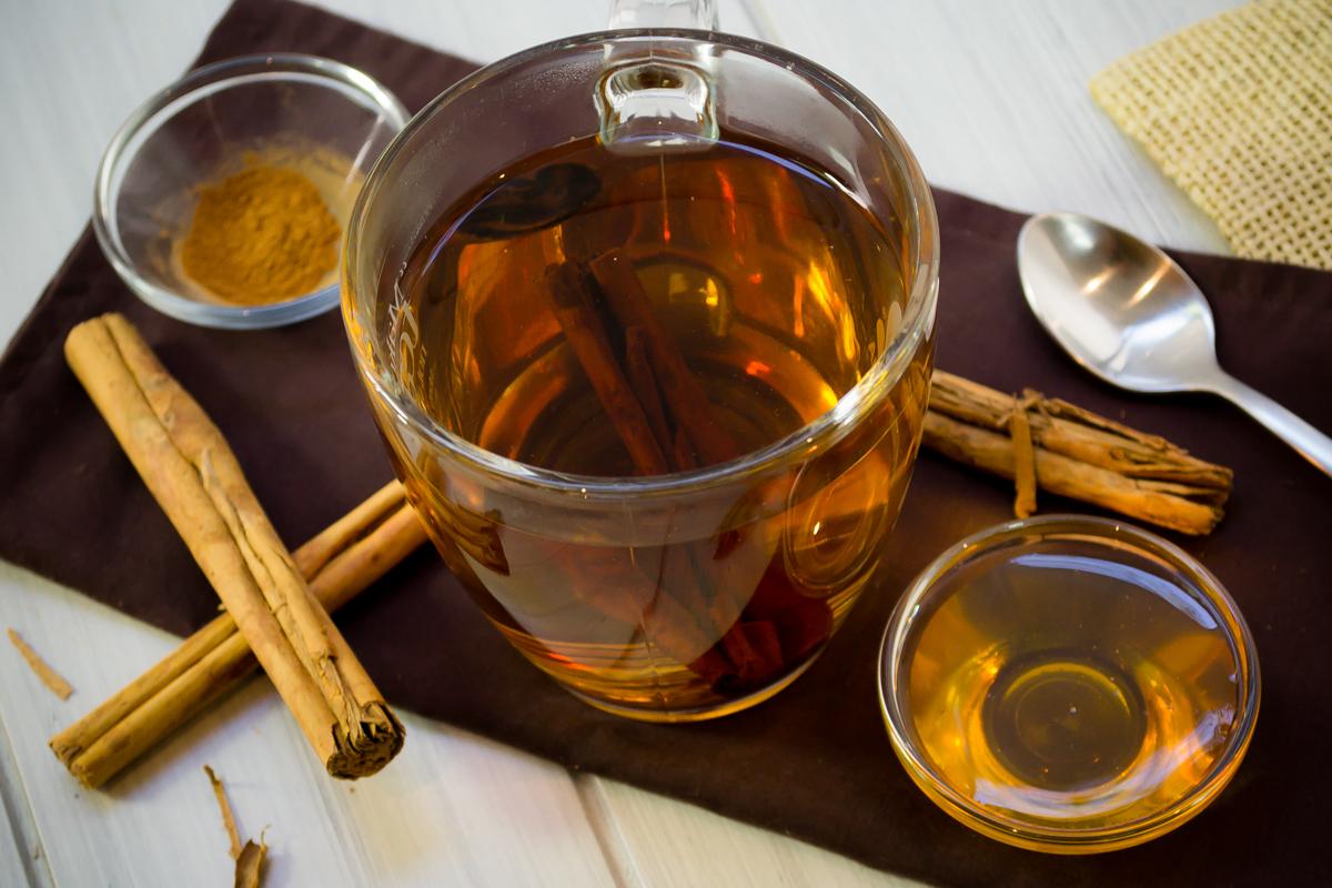Beneficios de tomar té de canela con miel de abeja
