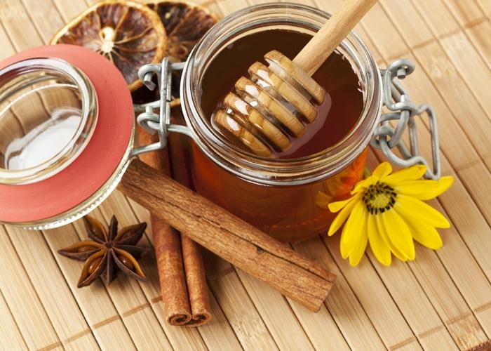 Para qué sirve el té canela con miel y limón