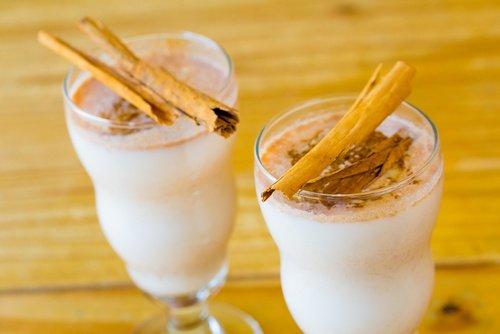 Propiedades de la canela con leche