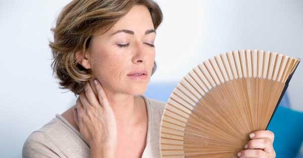 Remedios naturales para los sofocos en la menopausia