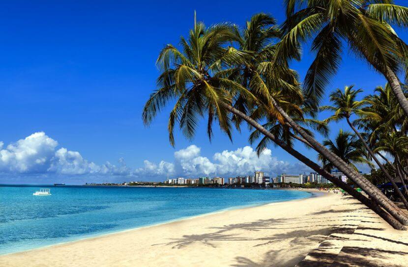 Playa en el Caribe Brasilero