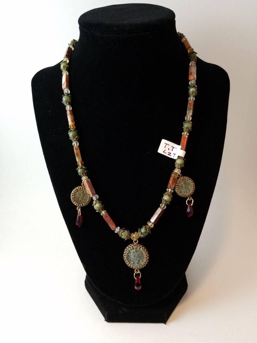 Necklace with jasper and three 4th century Roman coins