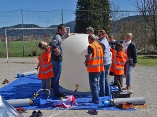 12 Gonflage du ballon (6)