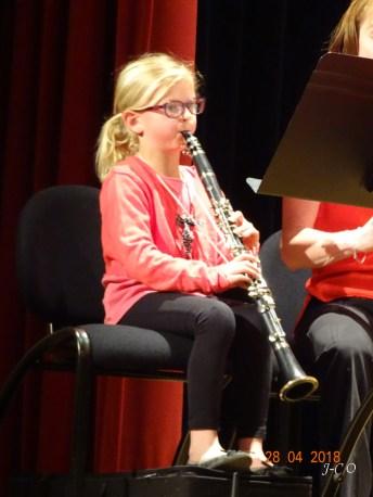 12 Jeune clarinettiste